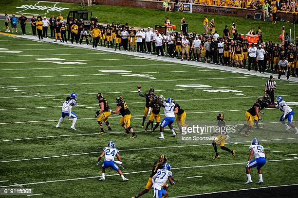 Missouri Tigers quarterback Drew Lock throws a pass to Missouri Tigers wide receiver J'Mon Moore during a NCAA football game between the Kentucky...