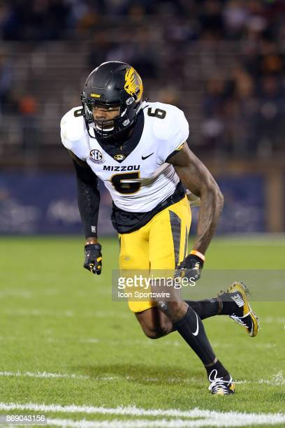 Missouri Tigers wide receiver J'Mon Moore during a college football game between Missouri Tigers and UConn Huskies on October 28 at Rentschler Field...