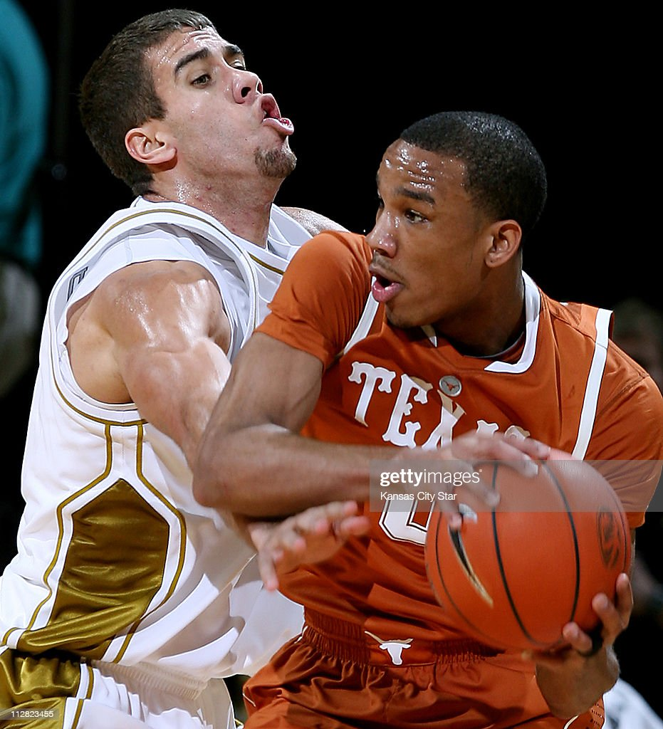 best service 4d03b 451af Missouri's Justin Safford pressures Texas' Avery Bradley ...