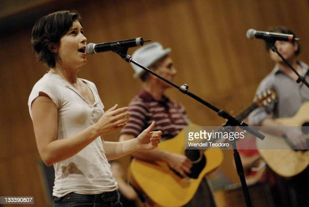 Missy Higgins Paul Kelly and Glenn Richards perform at the Cannot Buy My Soul The Songs of Kev Carmody event during the 2008 Sydney Festival at the...