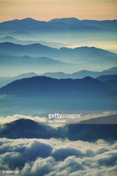 mist in great smoky mountains - great smoky mountains national park stock pictures, royalty-free photos & images