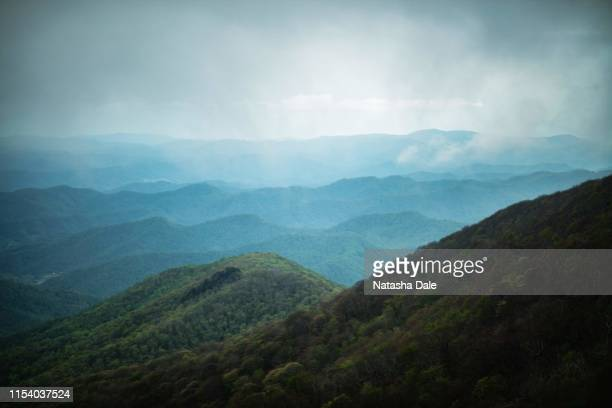mist over the blue ridge mountains - appalachia stock pictures, royalty-free photos & images
