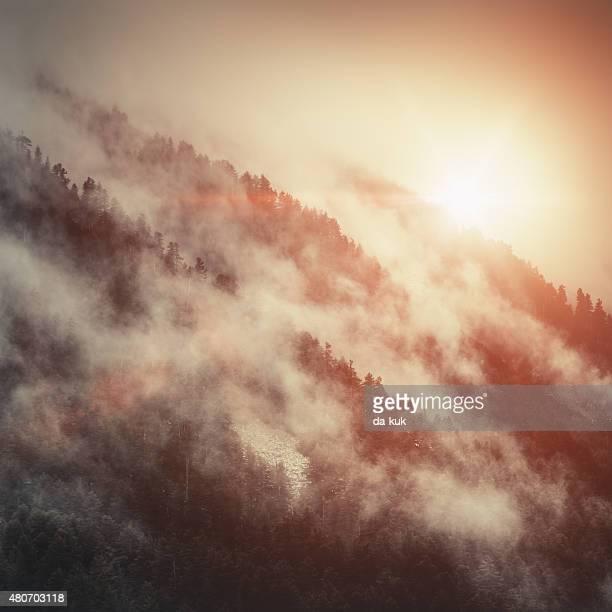 Majestätischer Berge bei Sonnenuntergang