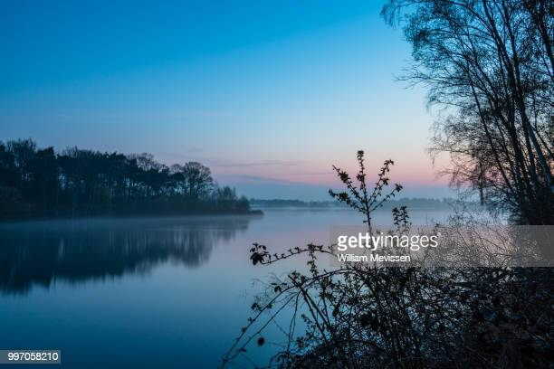 misty twilight bay view - william mevissen foto e immagini stock