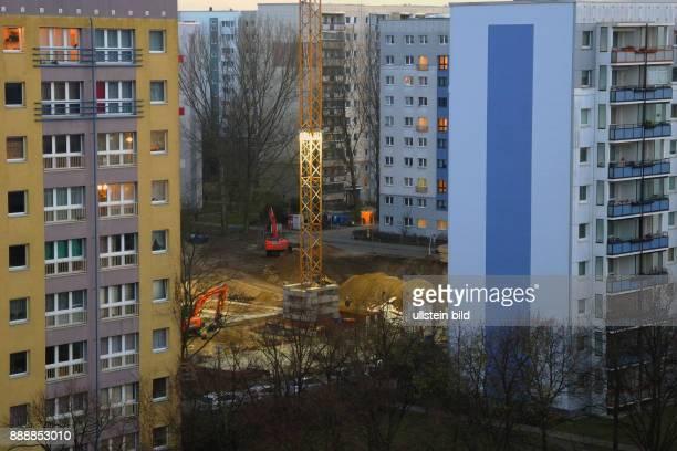 Mit dem Neubauprojekt Schmidstrasse 13 u 15 schafft die WBM seit September 2015 durch Verdichtung neuen MietWohnraum in der City Im Juli/August 2017...