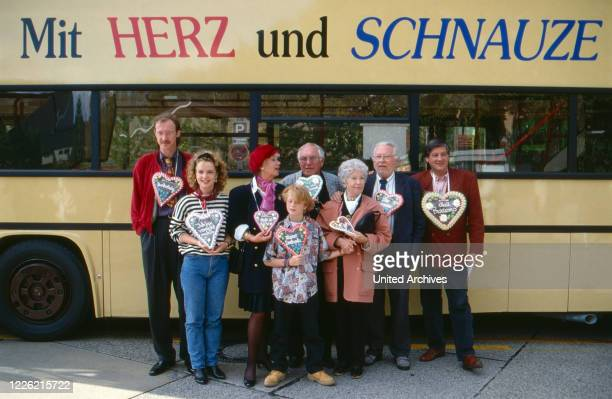 Mit Herz und Schnauze, Fernsehserie, Deutschland 1992, Regie: Rob Herzet, Darsteller: Harald Effenberg, Myriam Stark, Maria Sebaldt, Karin Hardt,...