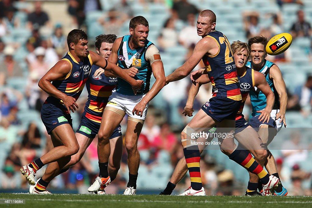 NAB Challenge - Port Adelaide v Adelaide : News Photo