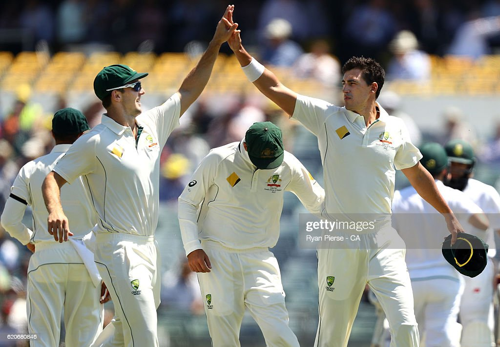 1st Test - Australia v South Africa: Day 1 : News Photo