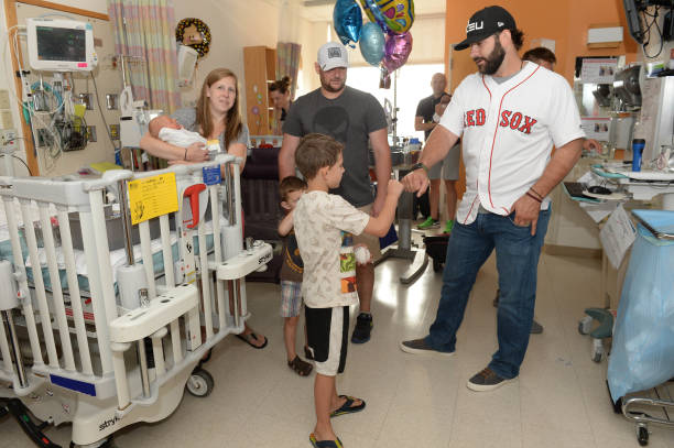 MA: Mitch Moreland Brings Smiles To Patients At Boston Children's Hospital