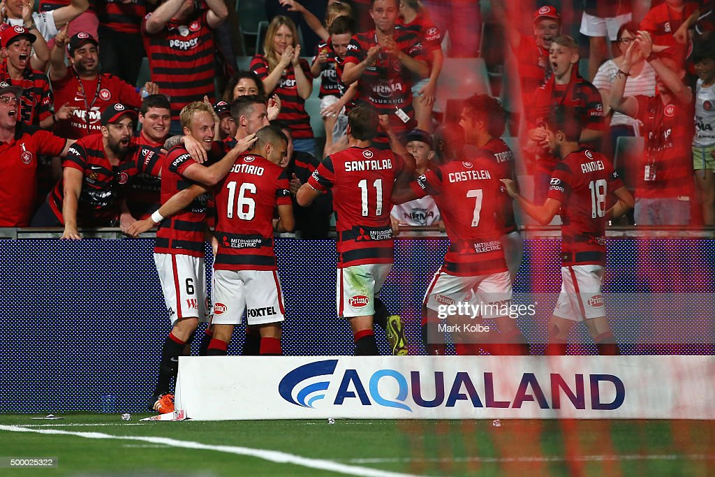 Mitch Nichols of the Wanderers celebrates with his team after scoring a goal during the round nine A-League match between the Western Sydney Wanderers and the Brisbane Roar at Pirtek Stadium on December 5, 2015 in Sydney, Australia.