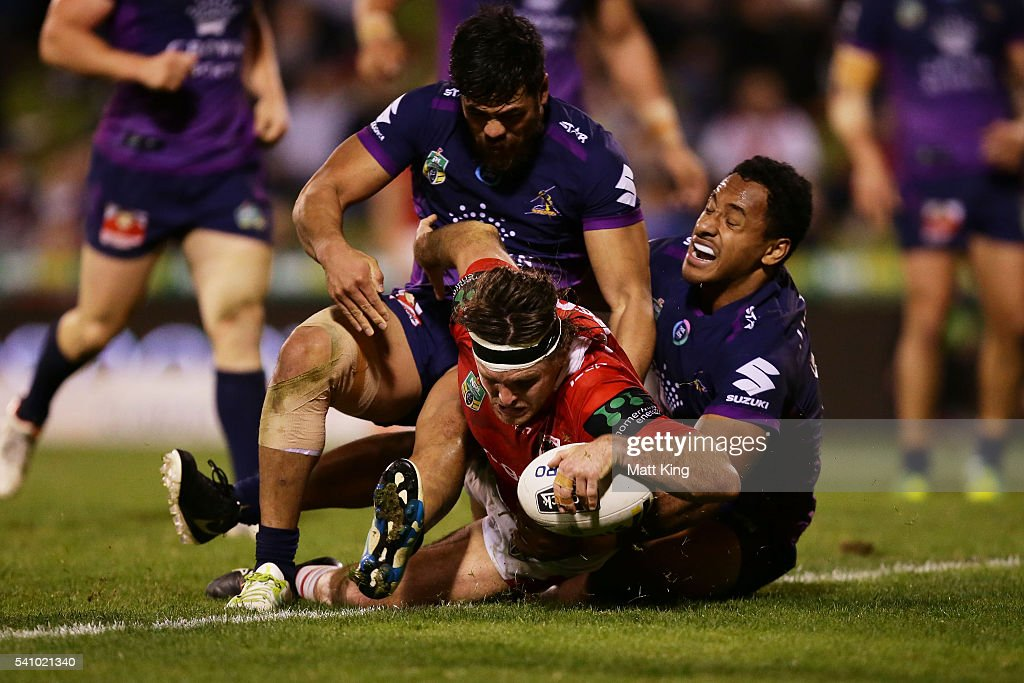 Mitch Rein of the Dragons scores a try during the round 15 NRL match between the St George Illawarra Dragons and the Melbourne Storm at WIN Stadium on June 18, 2016 in Wollongong, Australia.