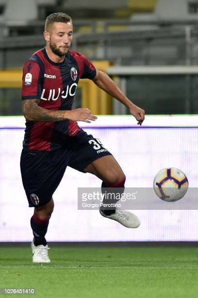 Mitchell Dijks of Bologna FC controls the ball during the serie A match between Frosinone Calcio and Bologna FC at Olimpico Stadium on August 26 2018...