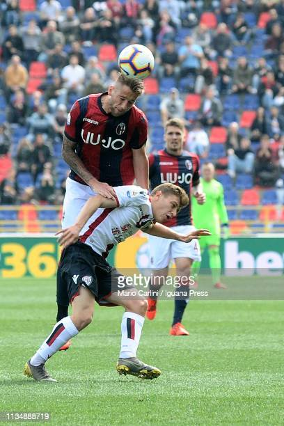 Mitchell Dijks of Bologna FC wins a header during the Serie A match between Bologna FC and Cagliari at Stadio Renato Dall'Ara on March 10 2019 in...