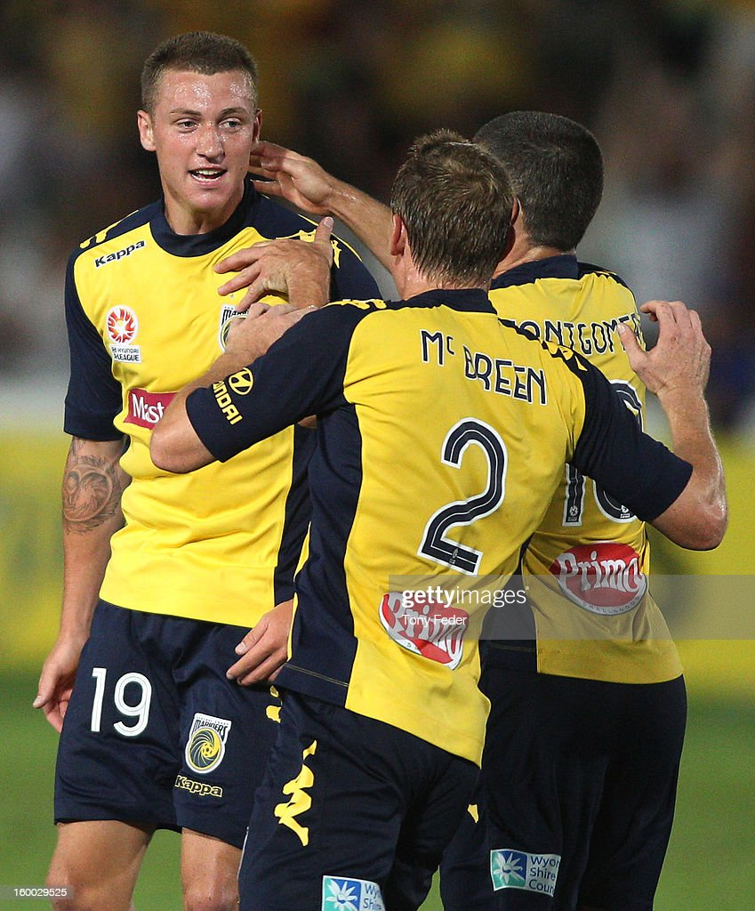 A-League Rd 18 - Mariners v Adelaide United