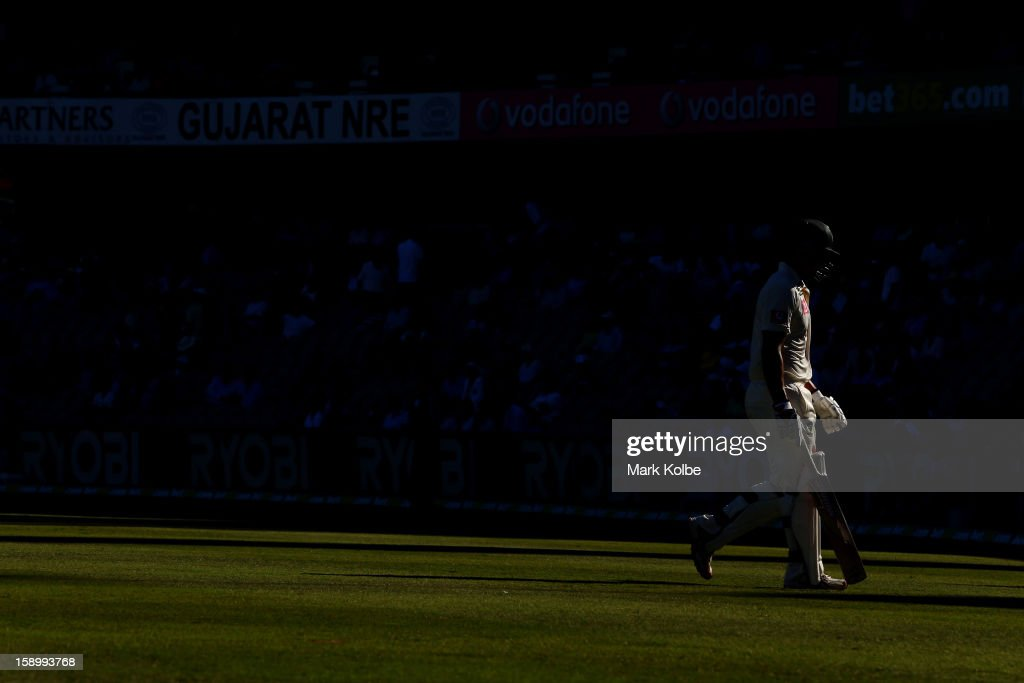 Mitchell Johnson of Australia leaves the field after being dismissed during day two of the Third Test match between Australia and Sri Lanka at Sydney Cricket Ground on January 4, 2013 in Sydney, Australia.