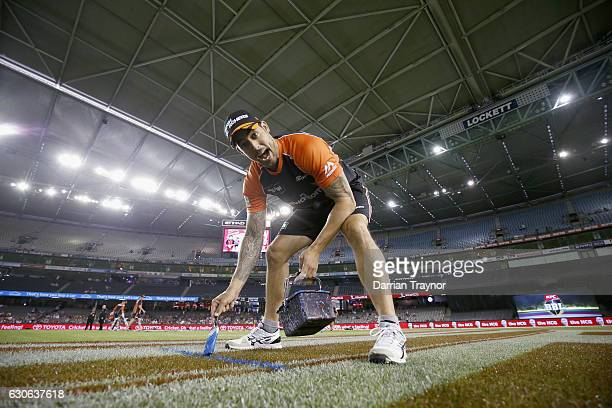 Mitchell Johnson of the Perth Scorchers mesures out his run up before the Big Bash League match between the Melbourne Renegades and Perth Scorchers...