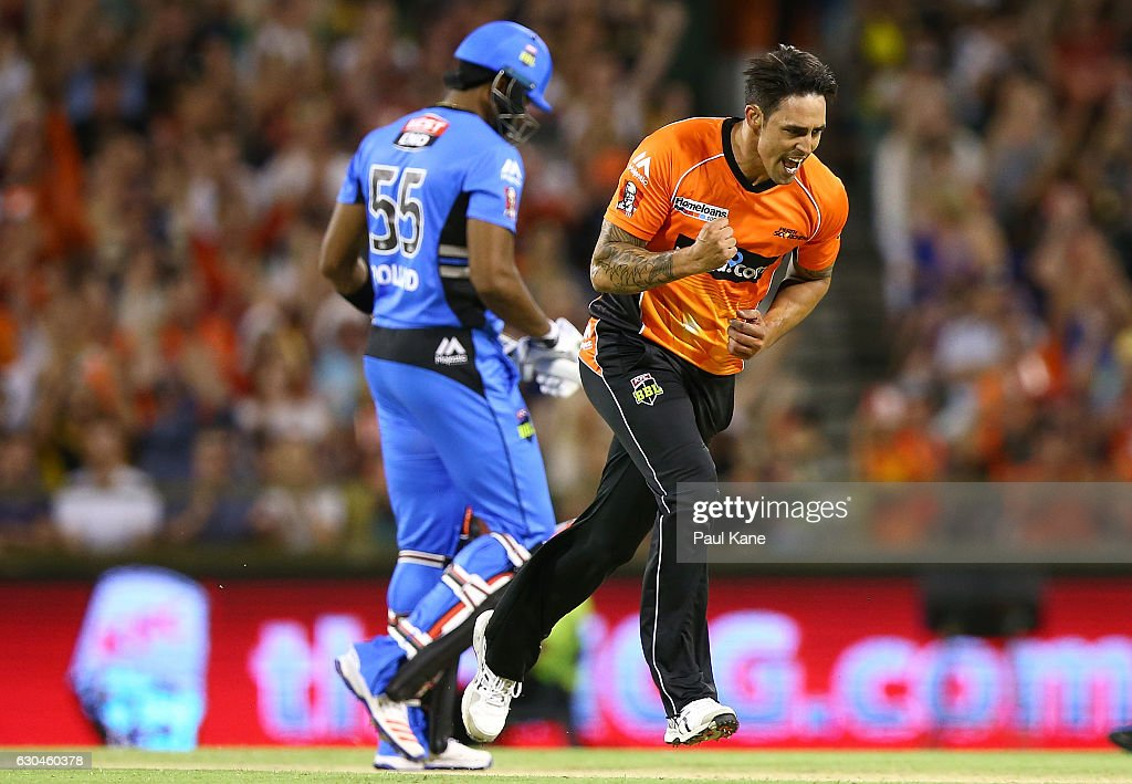 Mitchell Johnson of the Scorchers celebrates the wicket of Kieron Pollard of the Strikersduring the Big Bash League between the Perth Scorchers and Adelaide Strikers at WACA on December 23, 2016 in Perth, Australia.