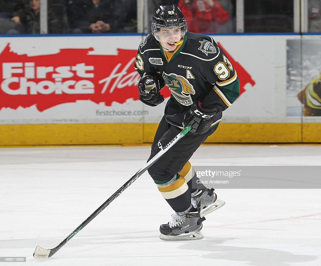 Mitchell Marner #93 of the London Knights skates against the Owen Sound Attack during an OHL game at Budweiser Gardens on March 13, 2015 in London, Ontario, Canada. The Knights defeated the Attack 3-2.