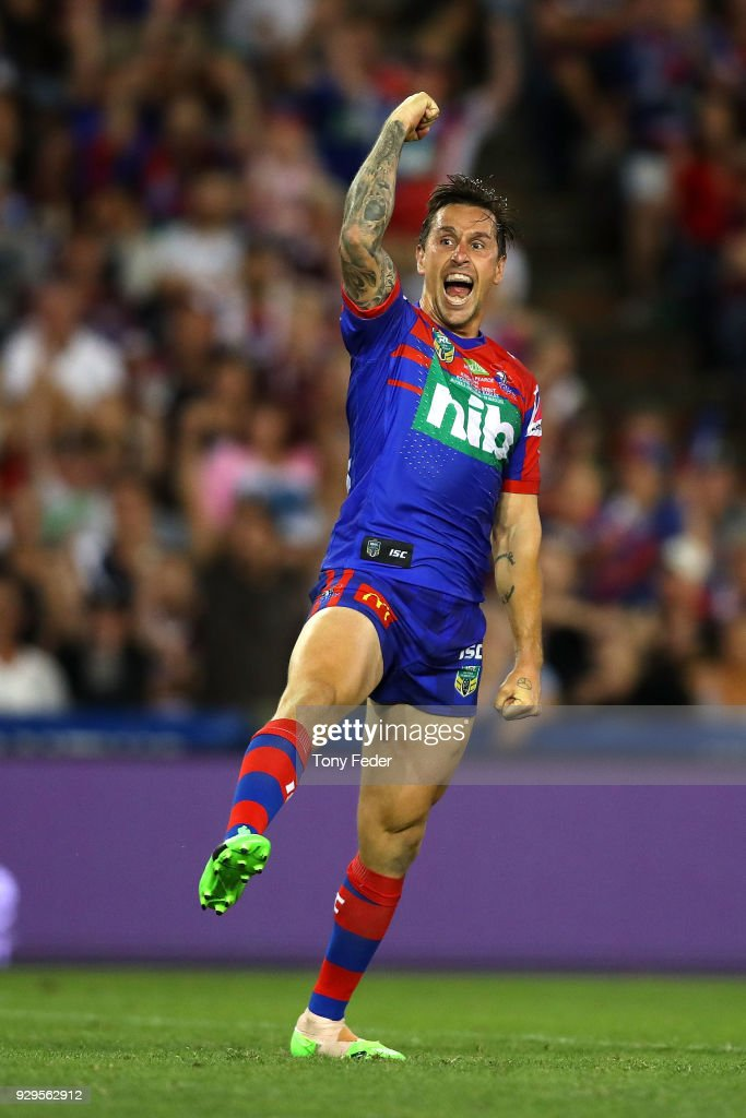 Mitchell Pearce of the Knights kicks a field goal in golden point during the round one NRL match between the Newcastle Knights and the Manly Sea Eagles at McDonald Jones Stadium on March 9, 2018 in Newcastle, Australia.
