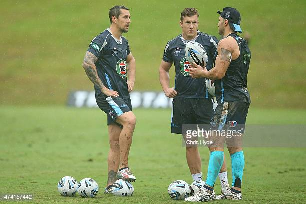 Mitchell Pearce Trent Hodkinson and Robbie Farah talk during a New South Wales Blues State of Origin training session at Novotel Coffs Harbour on May...