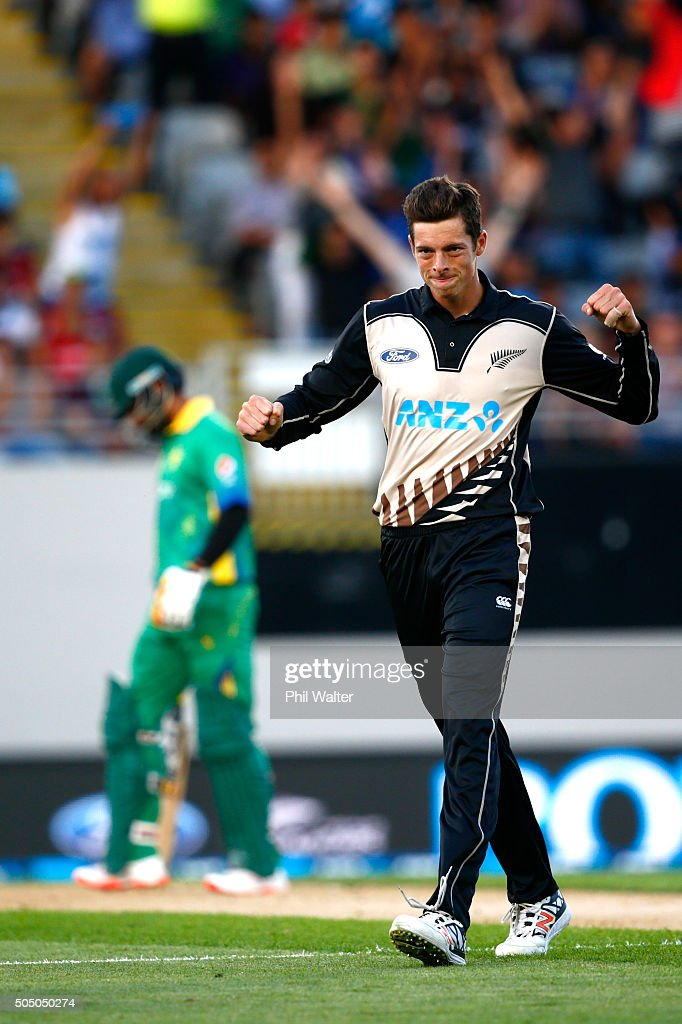 New Zealand v Pakistan - 1st T20
