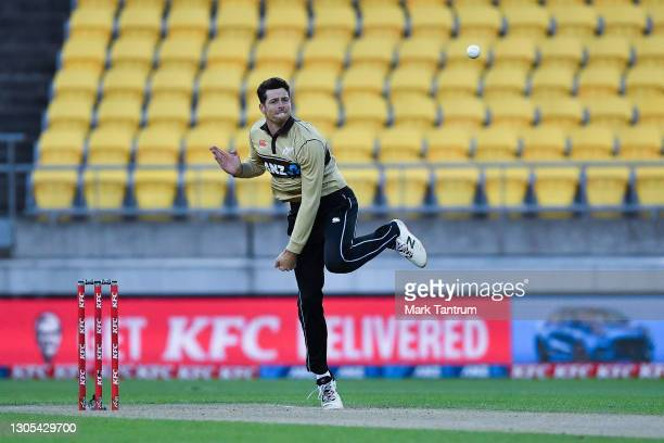 Mitchell Santner of the Black Caps bowls during game four of the International T20 series between New Zealand Blackcaps and Australia at Sky Stadium...