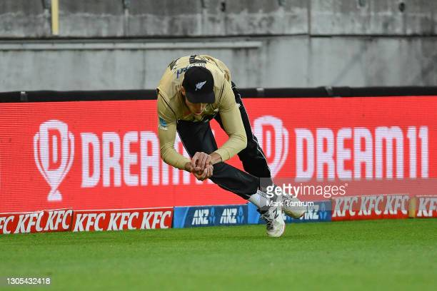 Mitchell Santner of the Black Caps protects the boundary during game four of the International T20 series between New Zealand Blackcaps and Australia...