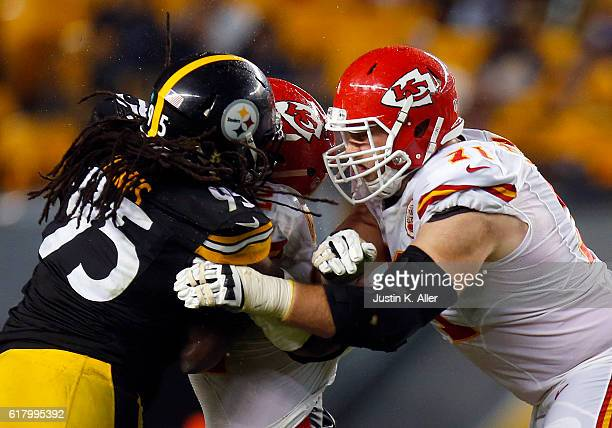 Mitchell Schwartz of the Kansas City Chiefs in action during the game against the Pittsburgh Steelers at Heinz Field on October 2 2016 in Pittsburgh...