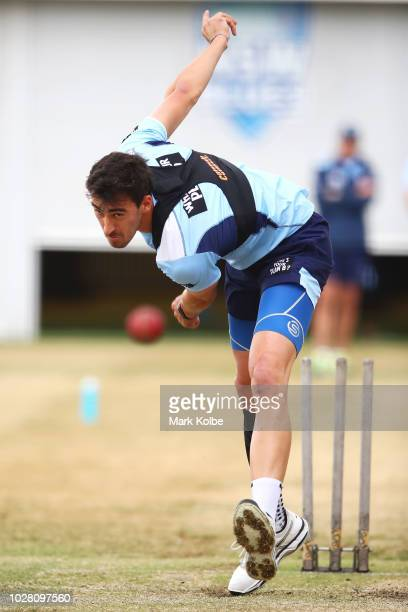 Mitchell Starc bowls during a New South Wales Blues training session at the Sydney Cricket Ground on September 7 2018 in Sydney Australia
