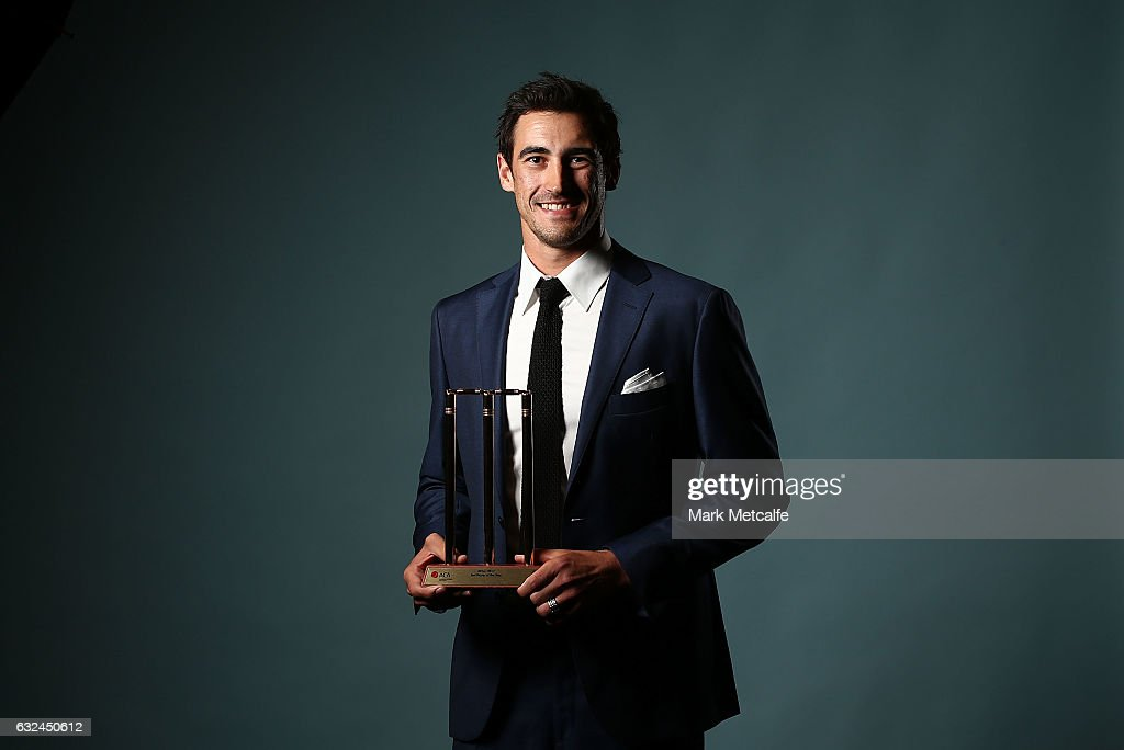 Mitchell Starc poses after winning the Test Player of the Year award during the 2017 Allan Border Medal at The Star on January 23, 2017 in Sydney, Australia.