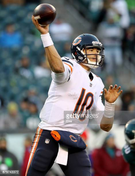 Mitchell Trubisky of the Chicago Bears passes the ball in the fourth quarter against the Philadelphia Eagles on November 26 2017 at Lincoln Financial...