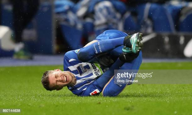 Mitchell Weiser of Hertha BSC takes an injury during the Bundesliga match between Hertha BSC and Hannover 96 at Olympiastadion on December 13 2017 in...
