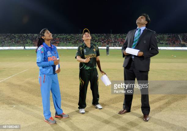 Mithali Ra captain of India Sana Mir captain of Pakistan and ICC match referee Javagal Srinath during the toss before the start of the ICC Women's...