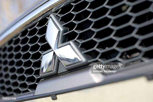 mitsubishi grille - mitsubishi logo stock pictures, royalty-free photos & images