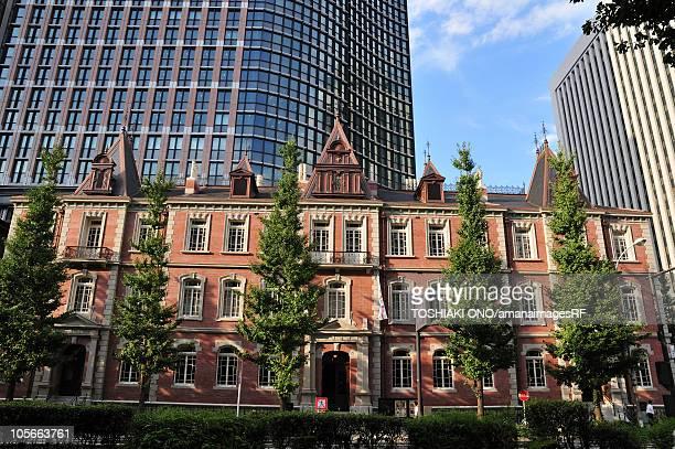 mitsubishi ichigokan museum - national landmark stock pictures, royalty-free photos & images
