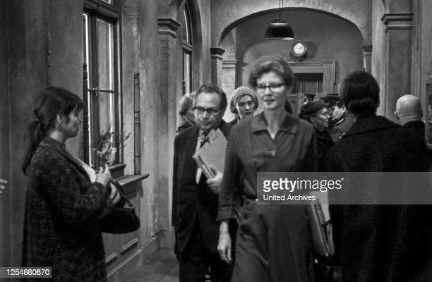 Mittags auf dem Roten Platz Fernsehfilm Deutschland 1978 Regie Dieter Wedel Darsteller Irm Hermann