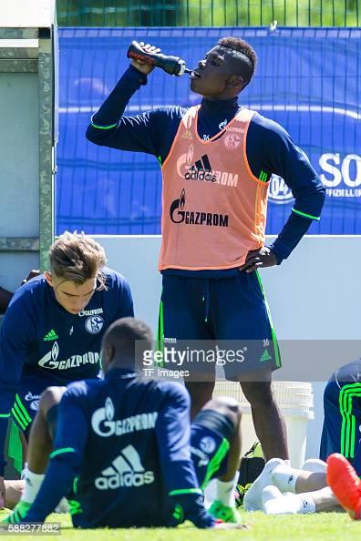 Mittersill, Oesterreich, , Trainingslager FC Schalke 04, Breel ...
