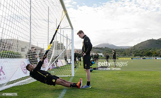 Mittwoch 1 Fussball Bundesliga Saison 13/14 in La Manga / SpanienBV Borussia Dortmund im Trainingslager La Manga in SpanienMarian Sarr und Marvin...
