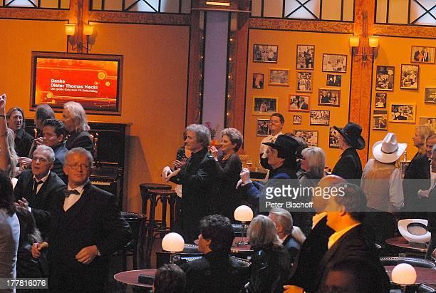 """Mitwirkende beim Auftritt von B o n n i e T y l e r, ZDF-Musik-Show Abschieds-Gala zum 70. Geburtstag """"Danke, D i e t e r T h o m a s H e c k!"""",..."""