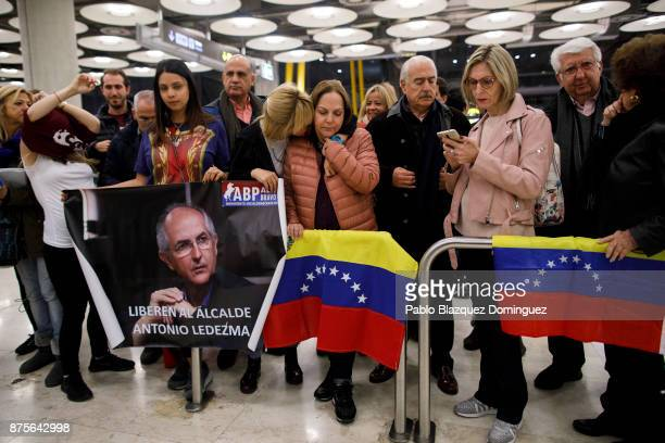 Mitzy Capriles and daughters wait for the arrival of Former Mayor of Caracas Antonio Ledezma to Adolfo Suarez Madrid Barajas Airport on November 18...