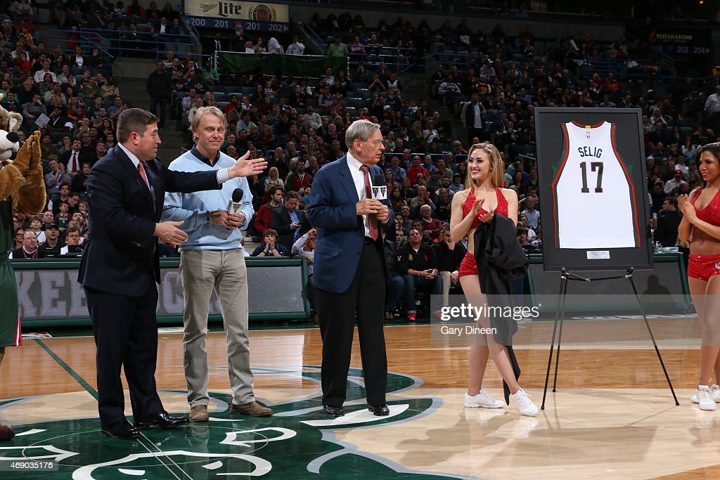 Miwaukee Bucks owner Wes Edens unveiles a Bud Selig before the Cleveland Cavaliers game against the Milwaukee Bucks on April 8, 2015 at the BMO Harris Bradley Center in Milwaukee, Wisconsin.