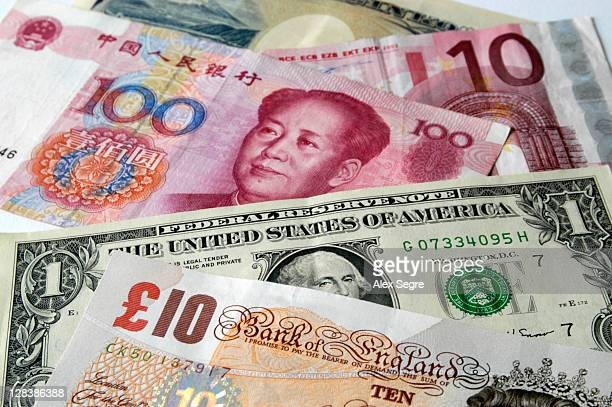 mix of major world currencies - currency symbol stock pictures, royalty-free photos & images