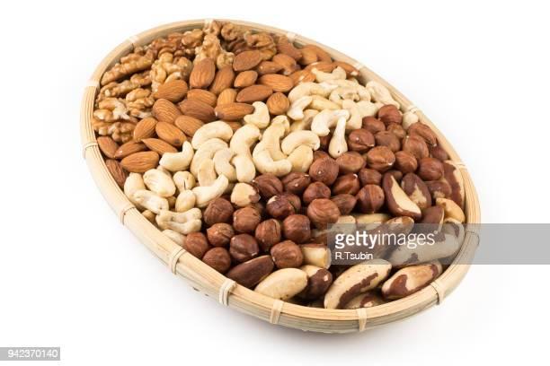 mix of various nuts - brazil nut fotografías e imágenes de stock