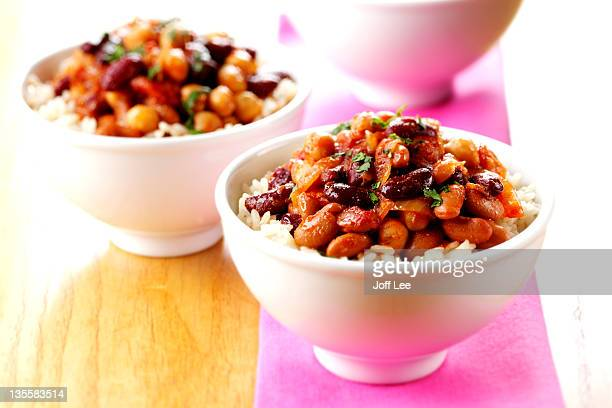 mixed bean chilli with rice - bean stock pictures, royalty-free photos & images