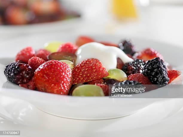 Mixed Berries with Yogurt