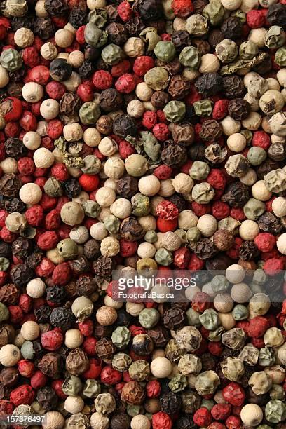 mixto peppercorns fondo - pimienta fotografías e imágenes de stock