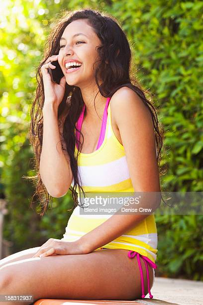 Teen Girl Bikini Phone Fotografije in slike Getty Images-6589