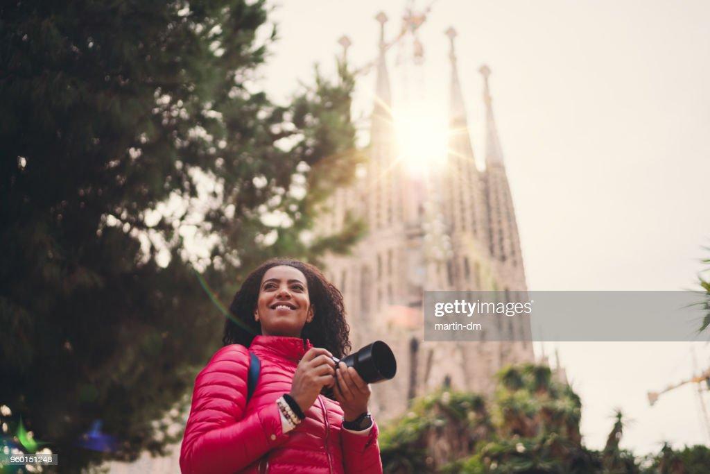 Gemischte Rassen Frau im Urlaub in Spanien Fotografieren in Barcelona : Stock-Foto