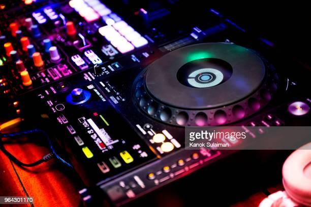 Mixer equipment entertainment DJ station