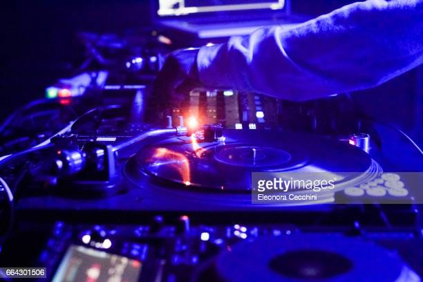 dj mixing - hip hop music stock pictures, royalty-free photos & images